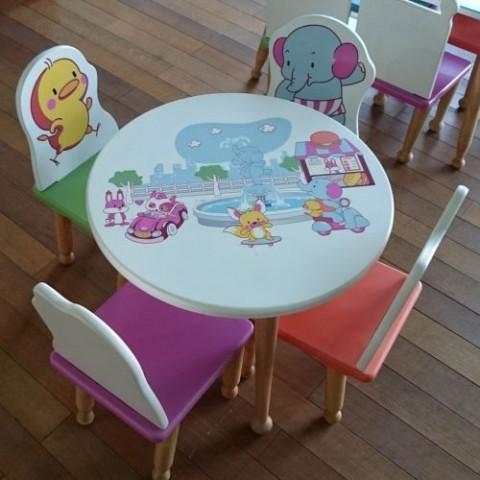 Bộ bàn ghế trẻ em tình bạn-Thế giới đồ gia dụng HMD